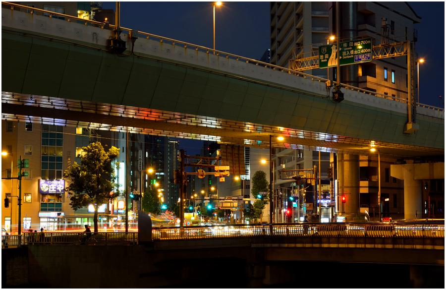 大阪の街灯り・助手2