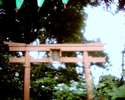 鳥居・白山神社:Entry