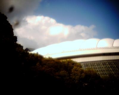 東京ドームと雲・小石川後楽園:Entry