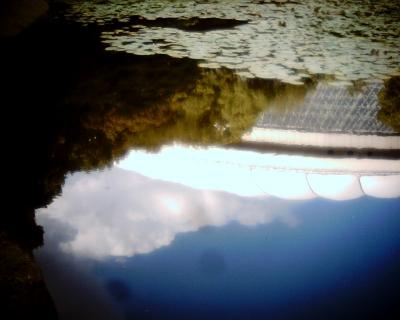 水面の東京ドームと雲・小石川後楽園:Entry