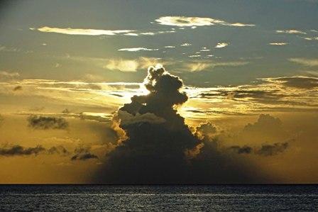 雲隠れ③5-9-18-59 DSC06147