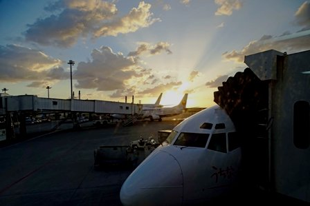 那覇空港のたそがれ DSC08270