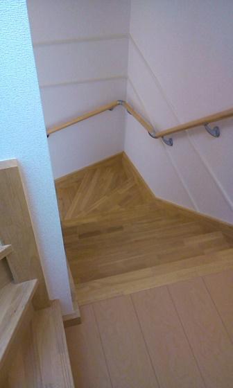 3階まで階段独り占め