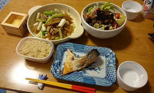 スンシー炒め定食+升酒
