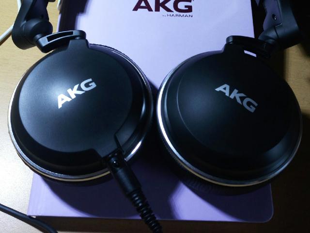 AKG_K182_03.jpg