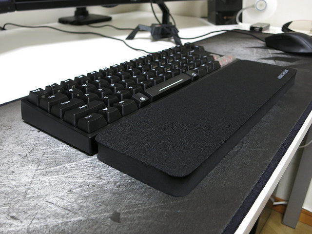 ARCHISS_Massive_Wrist_Rest_09.jpg