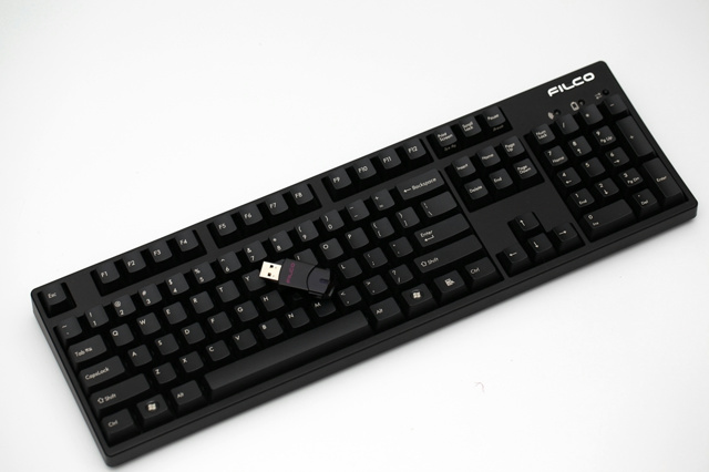 Bluetooth_Mechanical_Keyboard__02.jpg