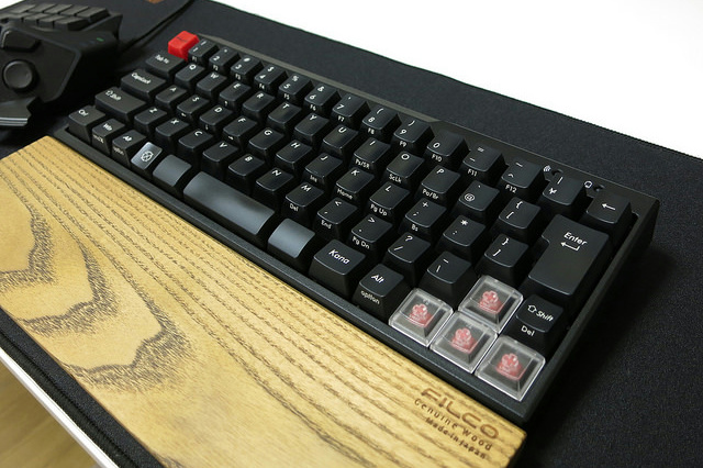 Bluetooth_Mechanical_Keyboard__06.jpg