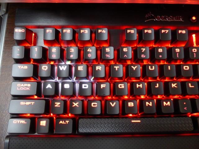K65_RGB_RAPIDFIRE_08.jpg