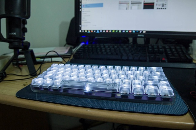Mechanical_Keyboard77_02.jpg