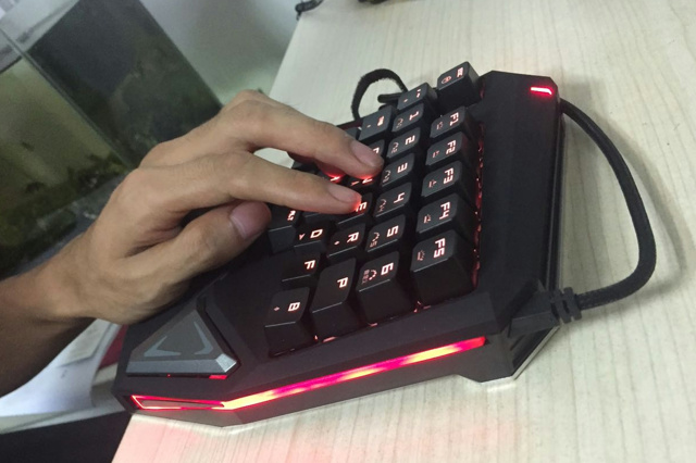 Mouse-Keyboard1607_14.jpg