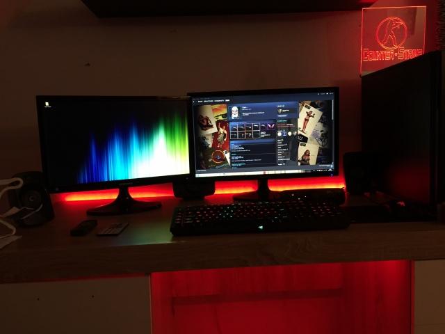 PC_Desk_MultiDisplay68_09.jpg