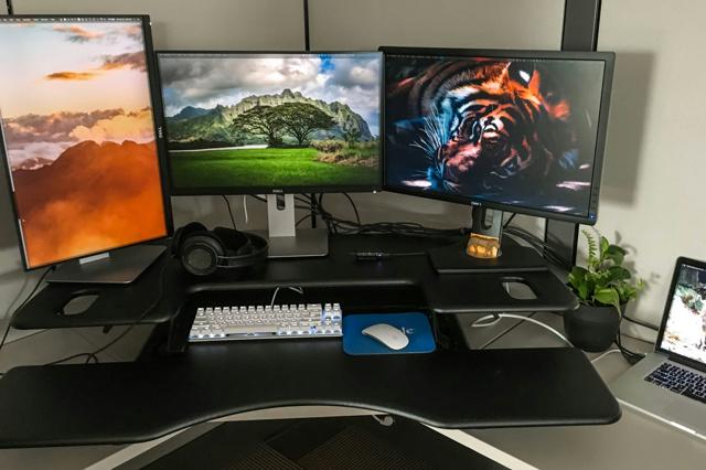 PC_Desk_MultiDisplay68_21.jpg