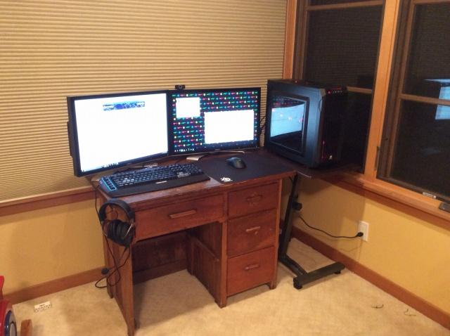 PC_Desk_MultiDisplay68_36.jpg
