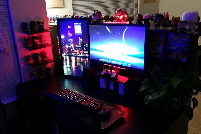 PC_Desk_MultiDisplay68_55.jpg
