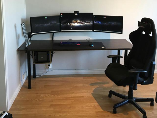 PC_Desk_MultiDisplay68_67.jpg