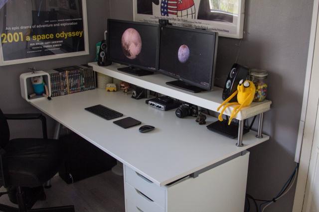 PC_Desk_MultiDisplay68_84.jpg