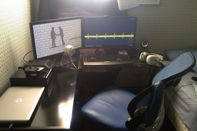 PC_Desk_MultiDisplay68_94.jpg