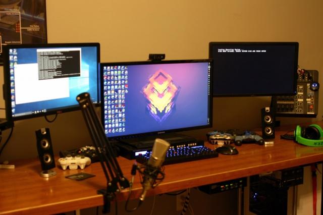PC_Desk_MultiDisplay69_28.jpg