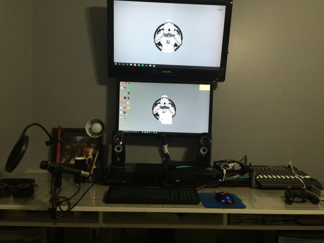 PC_Desk_MultiDisplay69_31.jpg