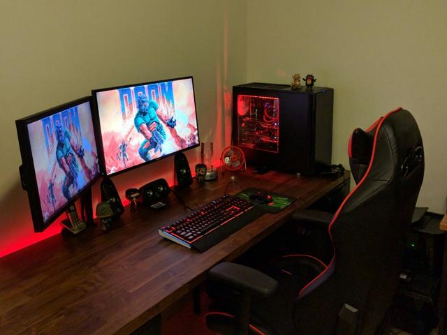 PC_Desk_MultiDisplay69_41.jpg