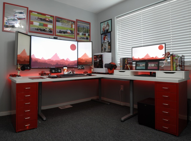 PC_Desk_MultiDisplay70_100.jpg