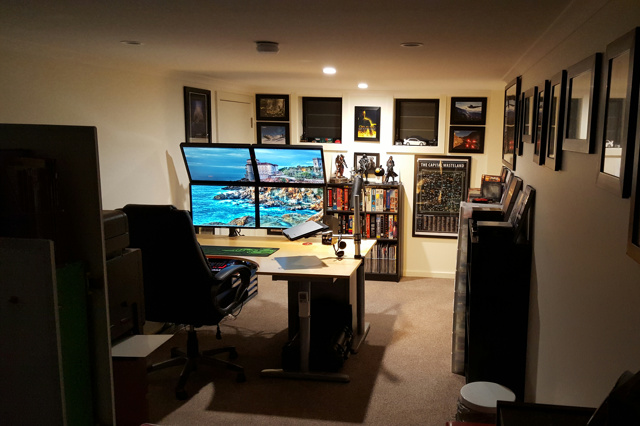 PC_Desk_MultiDisplay70_12.jpg