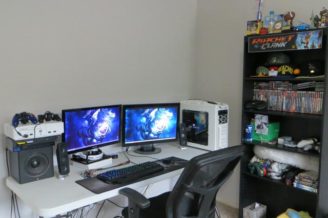 PC_Desk_MultiDisplay70_17.jpg