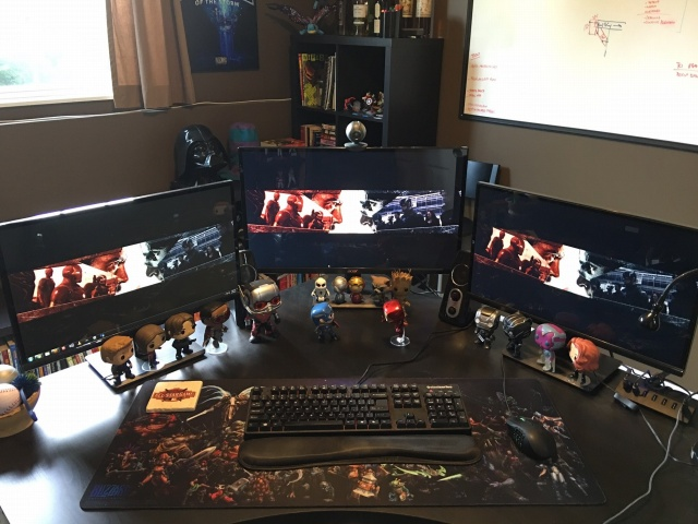 PC_Desk_MultiDisplay70_50.jpg