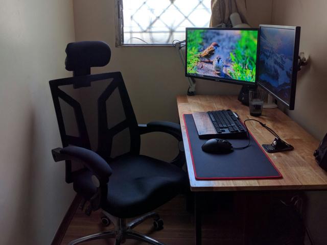 PC_Desk_MultiDisplay70_67.jpg