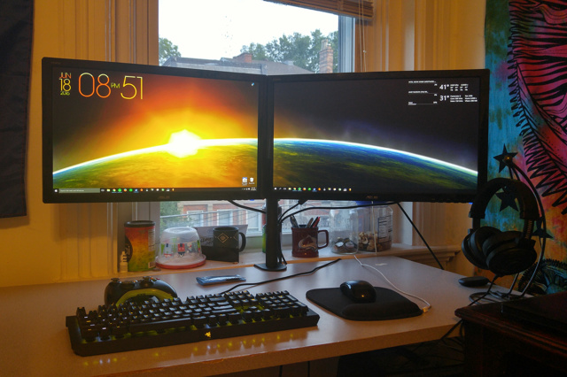 PC_Desk_MultiDisplay71_62.jpg