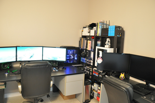 PC_Desk_MultiDisplay72_12.jpg