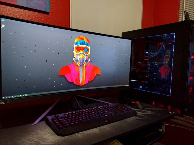 PC_Desk_UltlaWideMonitor10_37.jpg