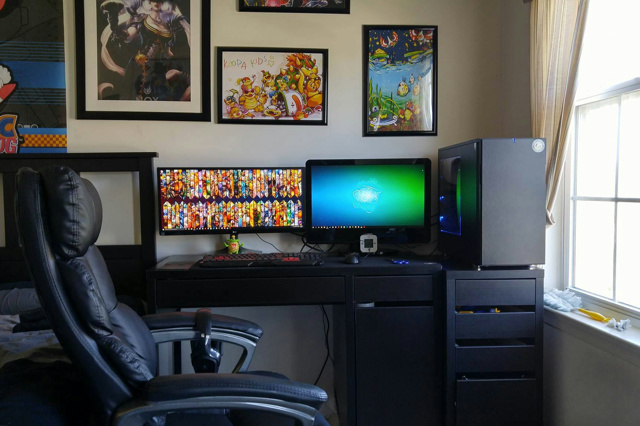 PC_Desk_UltlaWideMonitor10_59.jpg