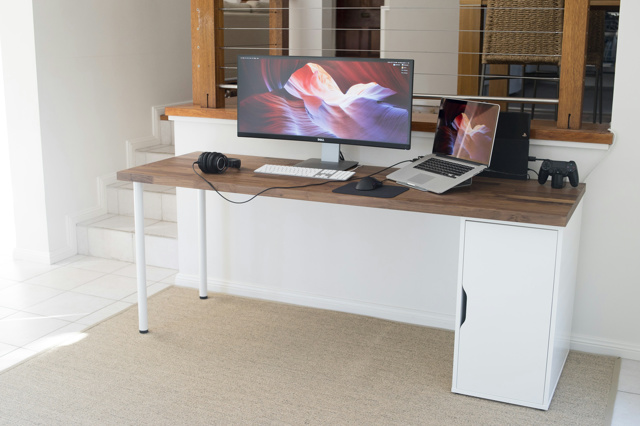 PC_Desk_UltlaWideMonitor11_42.jpg