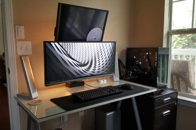 PC_Desk_UltlaWideMonitor11_72.jpg