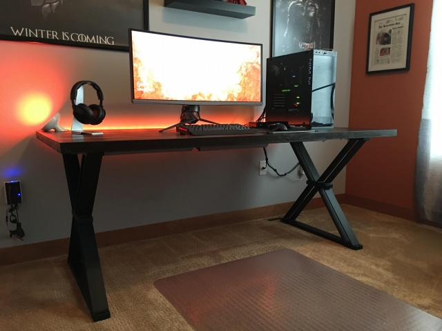 PC_Desk_UltlaWideMonitor12_56.jpg