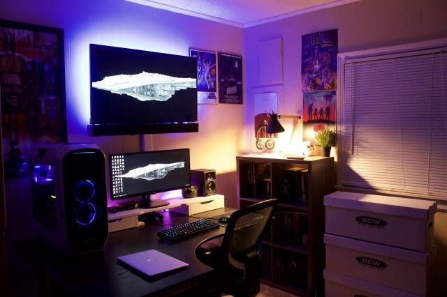 PC_Desk_UltlaWideMonitor12_57.jpg