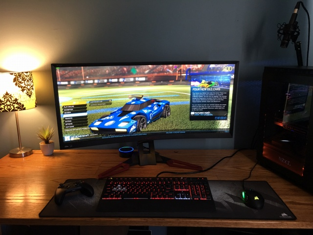 PC_Desk_UltlaWideMonitor12_85.jpg