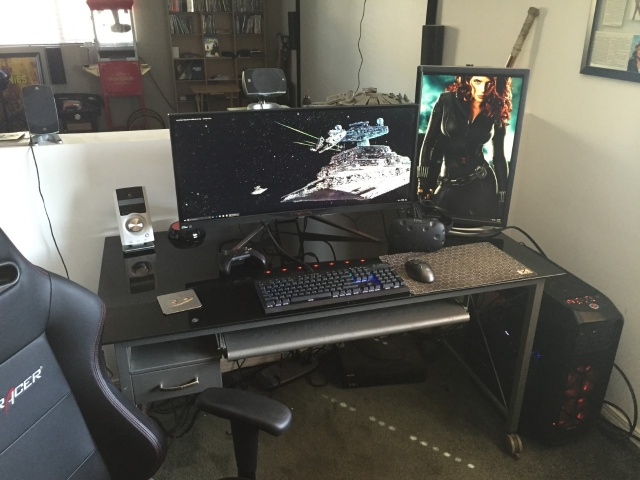 PC_Desk_UltlaWideMonitor13_40.jpg