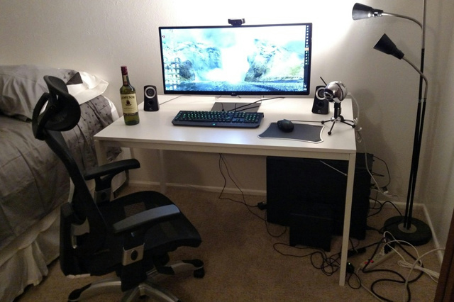 PC_Desk_UltlaWideMonitor13_59.jpg