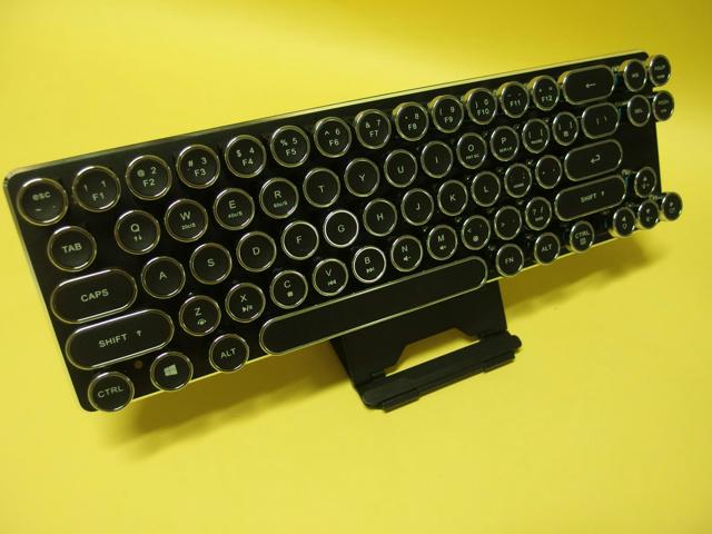 TypewriterKeycaps_Change_02.jpg