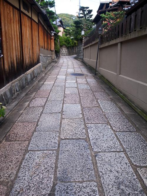 yasaka_16_7_28_2.jpg