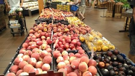 桃類売り場