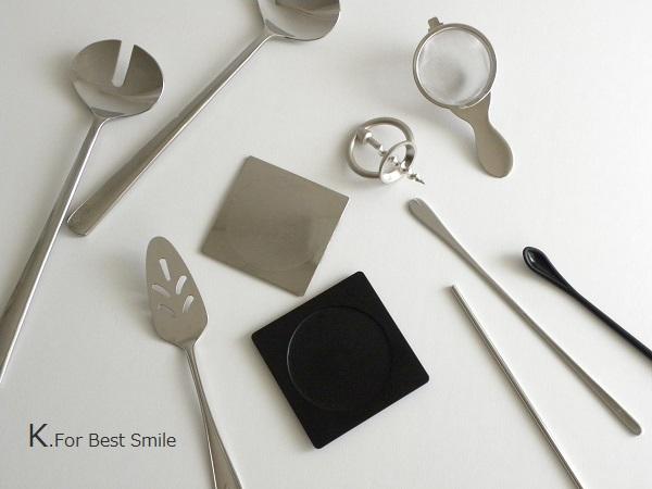 01>テーブル小物類の収納