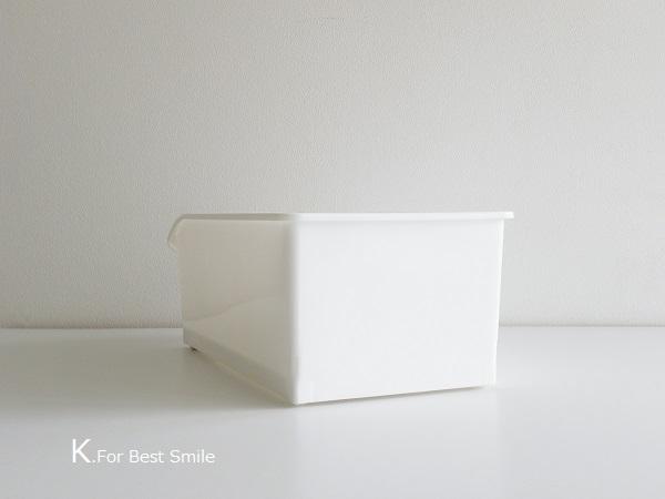 02>セリアの新商品【白いフタ付きボックス】