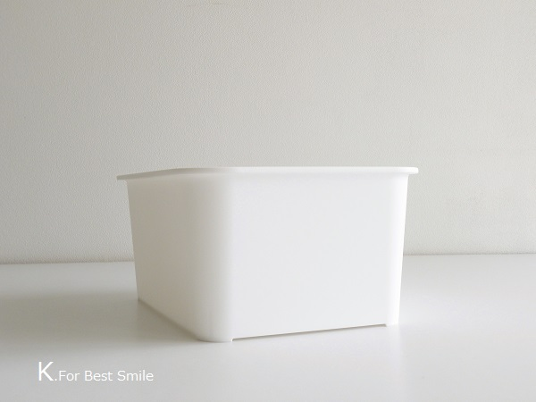 05>セリアの新商品【白いフタ付きボックス】