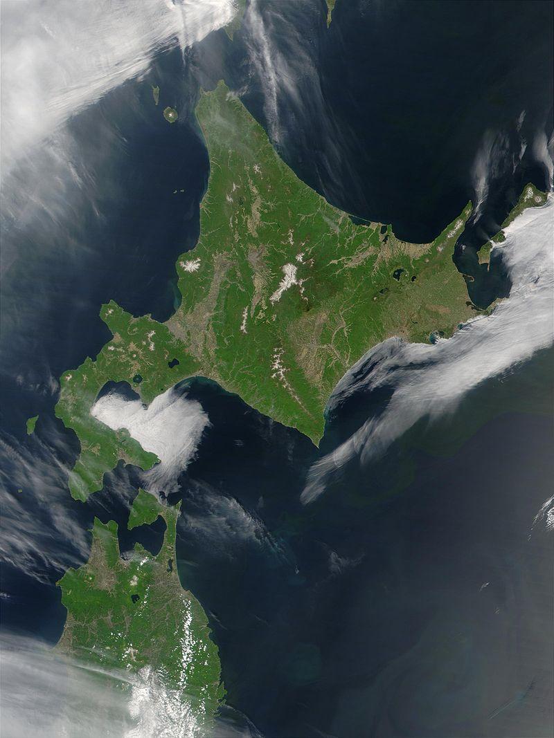800px-Satellite_image_of_Hokkaido,_Japan_in_May_2001