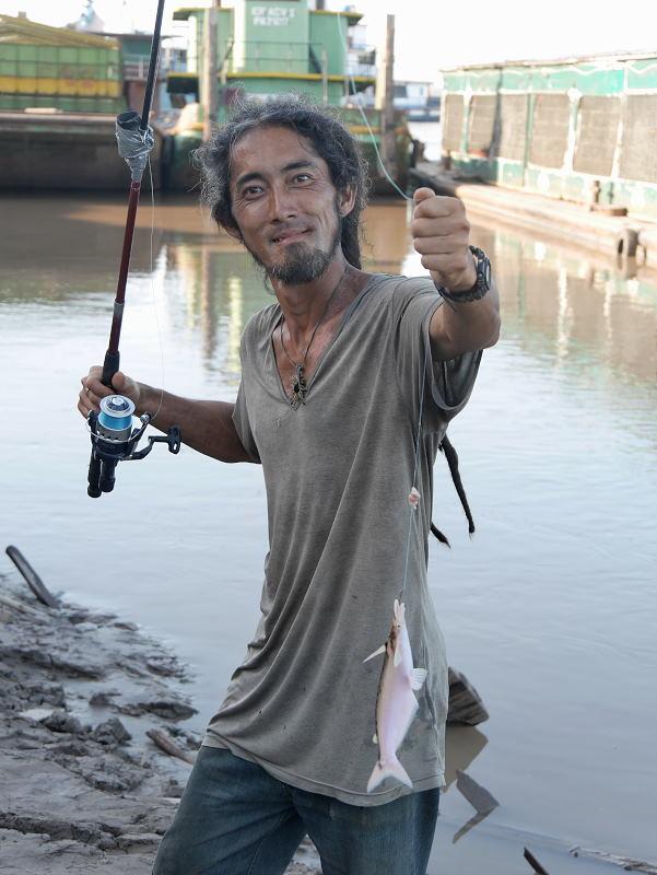 プカルパ釣り