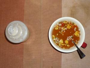 シリアル入りトマトスープ.ダイエットプロテイン